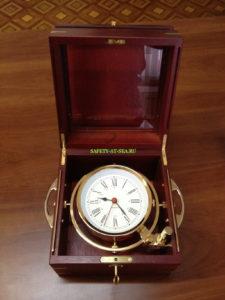 судовой кварцевый хронометр