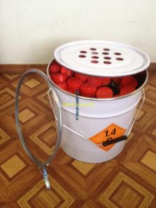 Металлический контейнер для хранения судовых сигнальных пиротехнических средств