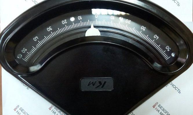 Судовой кренометр КМ-1